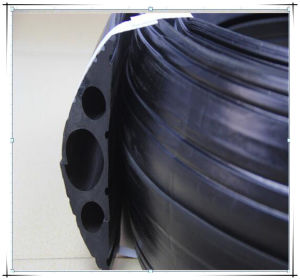 Big Type Rubber Cable Duct Cord Protector Rubber Cable Coupling pictures & photos