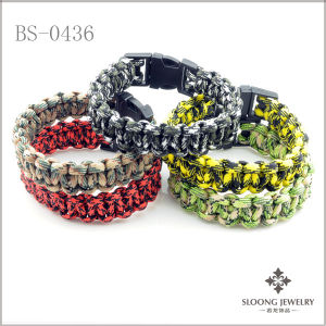 Paracord Survival Bracelet (BS-0436)