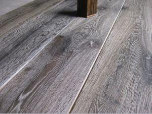 Oak Wood Floor /Engineered Hardwood Flooring pictures & photos