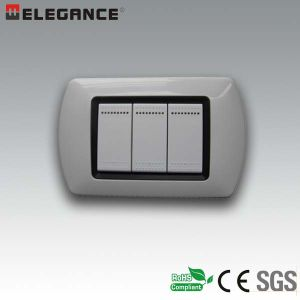 New Design Italian 3 Module Wall Plate with Switch pictures & photos