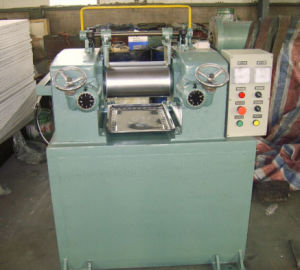 Xk-160b Top Rubber Machine Laboratory Open Two Roll Mixing Mill pictures & photos