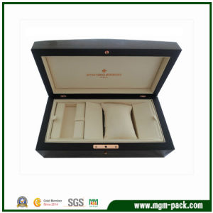 High Quality Wooden Watch Box with Customized Logo pictures & photos
