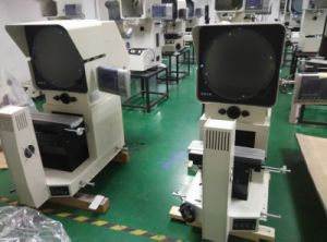 Horizontal Profile Projector (HB12) pictures & photos