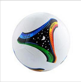 Smooth Surface Top Rubber Football/ Soccer Promotion Ball pictures & photos