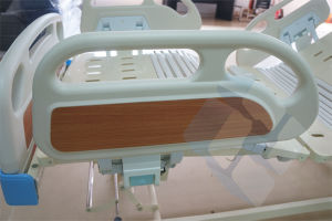 Factory Direct Three Functions Electric Medical Instrument Bed with Ce Approval pictures & photos