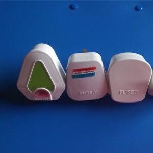 British Plug (RJ-0180) pictures & photos