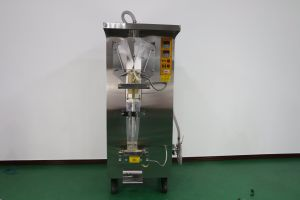 Full Automatic Pasteurized Milk Pouch Filling Machine pictures & photos
