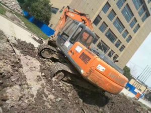 Used Excavator Hitachi 200-3G pictures & photos