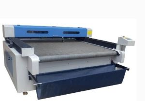 Jd-1610 Laser Cutting Machine with Automatic Feed for Fibric pictures & photos