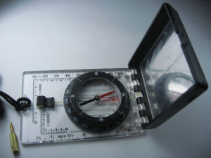 Compass with Inclinometer/Satellite Finder #MA-45-6c pictures & photos