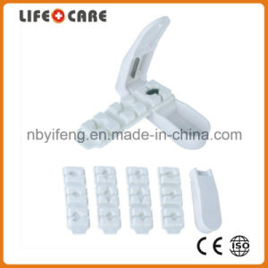 Plastic Pillbox Cutter with Pill Mould pictures & photos