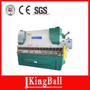 We67k 100/2500 Electrohydraulic Synchronous CNC Press Brake pictures & photos
