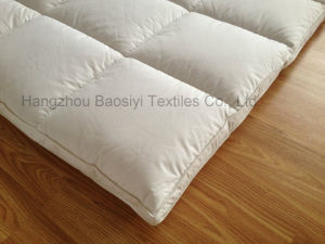 Duck Feather and Down Mattress Topper Dual Layer Cassette Construction pictures & photos