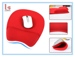 Large Good Quality 3D Mouse Pad with Wrist Rest pictures & photos