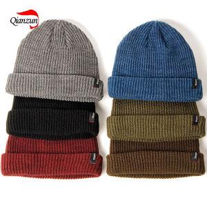 Acrylic Beanie Caps Winter Hats pictures & photos