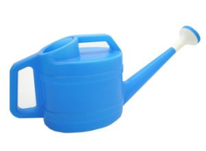 OEM Hot Sale Plastic Garden Watering Can pictures & photos