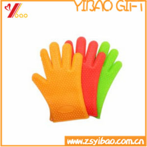 Food Grade Kitchen Heat-Resistant Silicone Glove pictures & photos