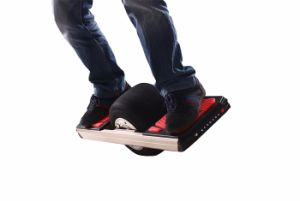 Man′s Electric Skateboard with 11 Inch Motor Wheel pictures & photos