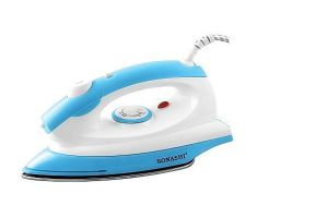 Sy-601A Spray Iron CB/Ce Approved Dry Iron with Basic Dry Ironing Function and with Ss or Non-Stick Teflon Coated Plate pictures & photos