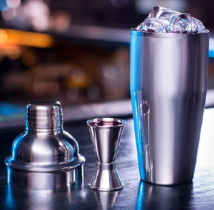 Bartender Tool 24 Oz Stainless Steel Cocktail Shaker and Double Jigger Set pictures & photos
