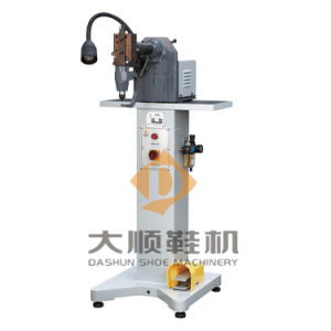 Ds-811 Upper Punching & Trimming Machine for Shoe pictures & photos