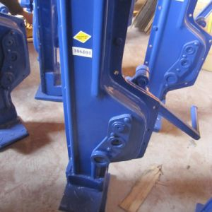 Two Colours Lifting Jack Machinery Steel Jack pictures & photos