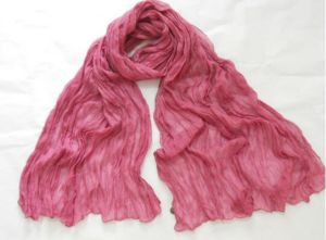 Women Fashion Polyester Dyeing Long Scarf and Shawl with Crinkle (NP103) pictures & photos
