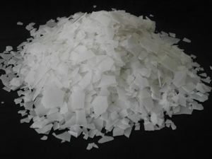 Sodium Hydroxide/Naoh Flakes pictures & photos