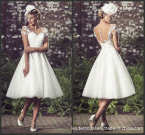 2017 Lace Bridal Dress Little White Wedding Gowns W52701 pictures & photos