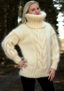 New Design Hand Knit Cowl Neck Sweater Pullover Sweater Cardigan pictures & photos