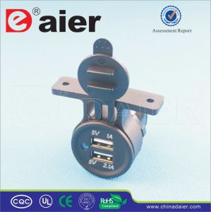 Daier Socket Dual Port Car USB Charger (DS2T13) pictures & photos