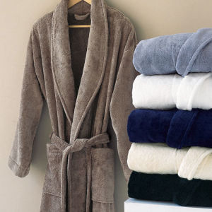 Factory Wholesale Royal Plush Flannel Fleece Bathrobe Sleepwear pictures & photos
