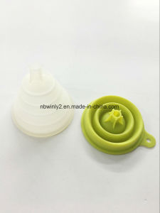 100% Silicone Foldable Funnel (WLS9006) pictures & photos