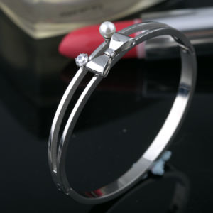 Beautiful Bowknot Women Jewelry Stainless Steel Diamond Bangle pictures & photos