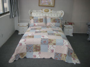 100% Cotton Bedding Set (HK-1956-1)