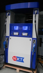 Atex & OIML 2-Pump&4-Nozzle&4-Displays (RT-K244) Fuel Dispenser pictures & photos