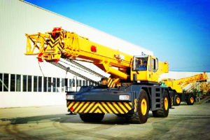 70t Rough Terrain Crane (QRY70) pictures & photos