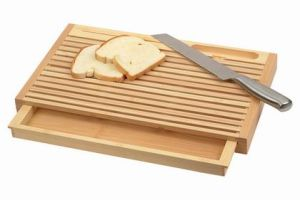 Bamboo Bread Cutting Board (HBM-002) pictures & photos