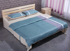 Solid Wood Adult Bed Wooden Double Bed (M-X1037) pictures & photos