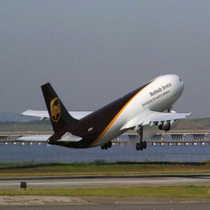 Door to Door Logistics Service From Guangzhou, China to Antwerp by UPS pictures & photos