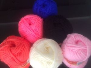 Acrylic Soft Yarn pictures & photos