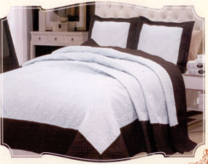 Three Color Stitching Bedding Set, Bed Sheet, Comforter Set pictures & photos