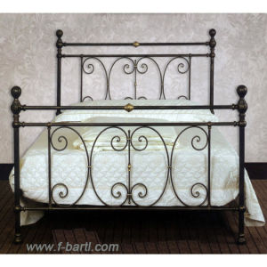 Wrought Iron Bed (F11B-300)