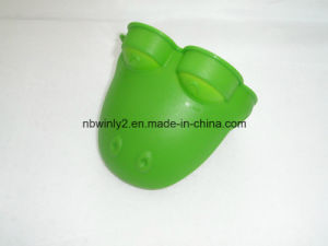 Silicone Frog Glove pictures & photos