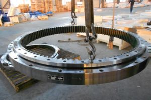 Excavator Komatsu PC400-7 Slewing Ring, Swing Circle, Slewing Bearing pictures & photos