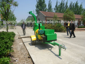 Hydraulic Feeding 40HP Diesel Wood Chipper pictures & photos
