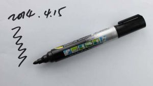 Plastic Permanent Marker-RM565 for Office Supply pictures & photos