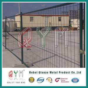 Welded Wire Mesh Fence/ Stainless Steel Welded Stadium Fence Wholesale pictures & photos