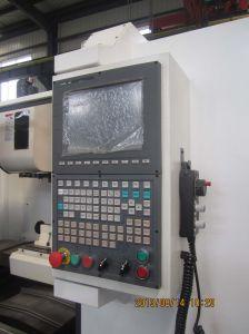 Vmc7032A CNC Milling Machine Machining Center pictures & photos