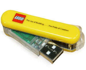 Swivel USB Flash Drive, 10 Years Data Retention, Full Capacity pictures & photos